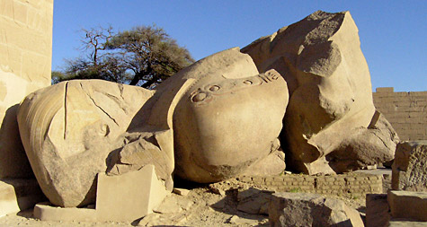 Fallen statue of Rameses II at the Ramesseum