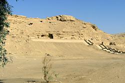 New Kingdom tombs at el-Kab
