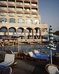 Sonesta St George Hotel