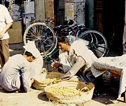 Luxor Suq