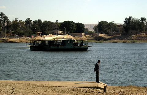 The el-Till ferry to Tell el-Amarna