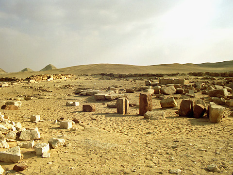 View towards Abusir from Abu Ghurob