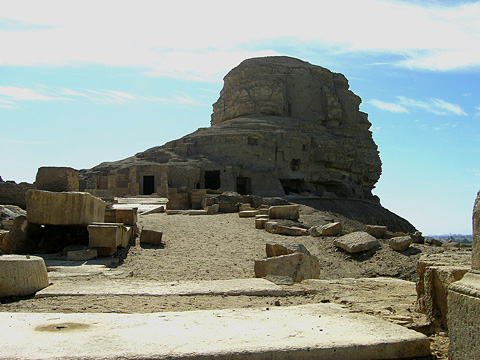 Rock-cut temples at Acoris